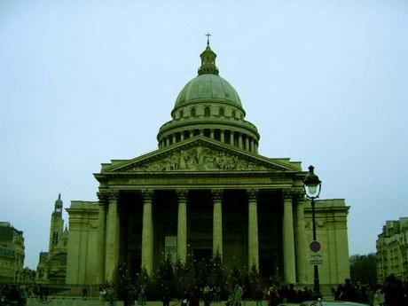 una passeggiata a parigi Mini-pantheon